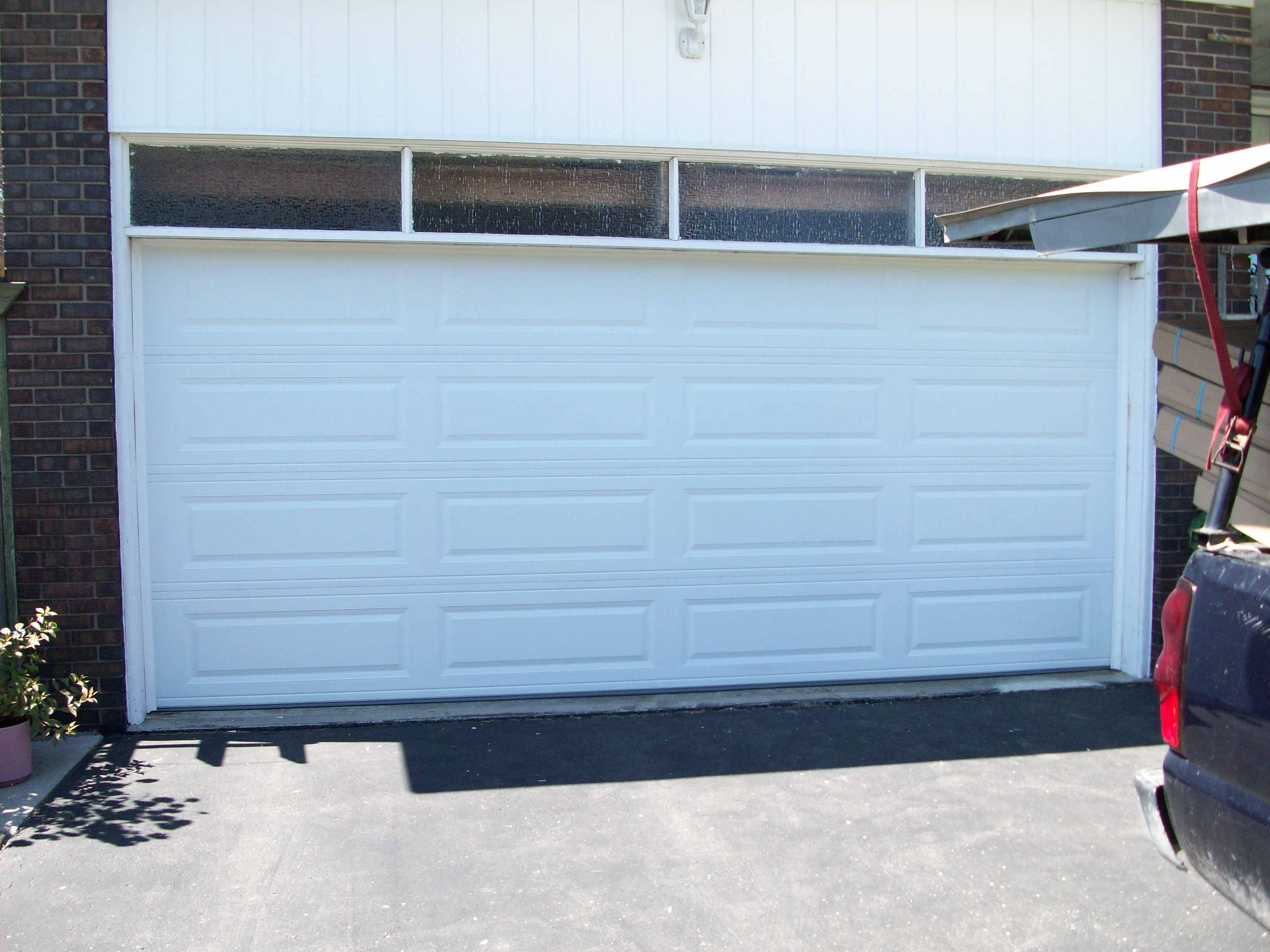 Garage Doors Toronto And The Gta Repair Service Installation
